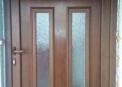 Standard al ulazna vrata sa panelom sa kornizama u dekoru orah
