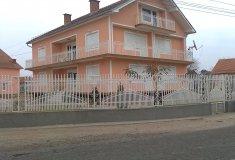 Porodična kuća 6